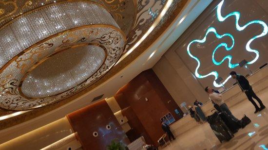 Ritan Hotel: 20170605_181147_large.jpg