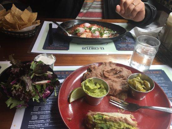 El Cortijo: Tacos and ceviche, delicious