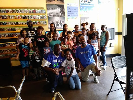 Lithonia, Geórgia: our group and the owner
