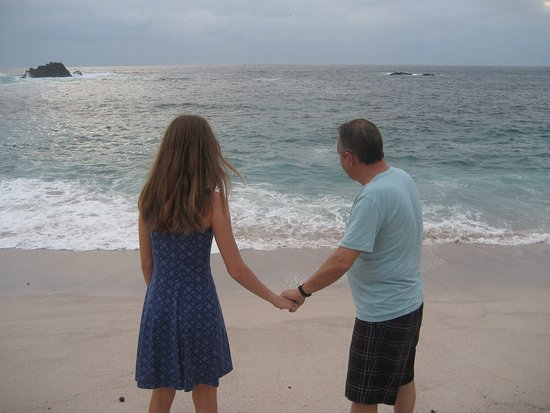 Four Seasons Resort Punta Mita: Father daughter moment