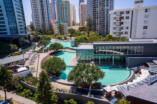 Deals q1 resort surfers paradise