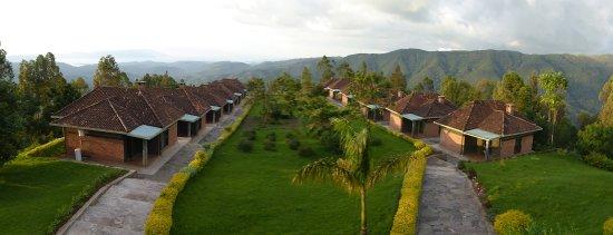 Gisakura, Ruanda: Nyungwe Top View Hill Hotel