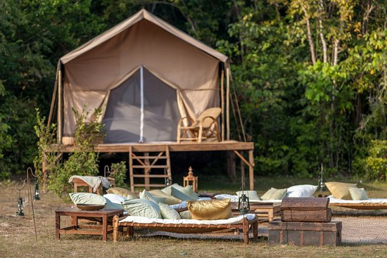 Heritage Suites Hotel: Spend an unforgettable night in our luxury jungle camp