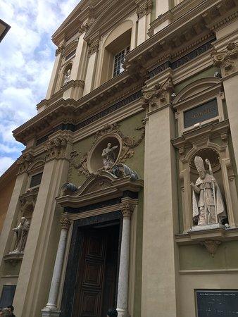 Cathedrale Sainte-Reparate: photo2.jpg