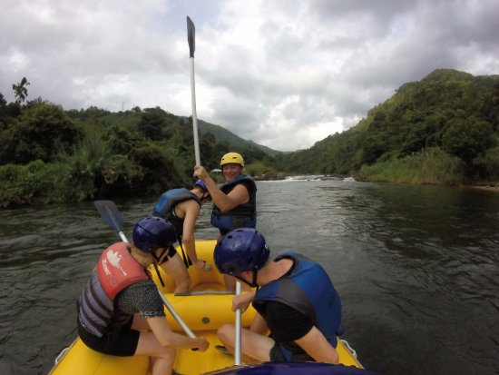 Ja Ela, Sri Lanka: WHITE WATER RAFTING WITH NF TRAVELS, FROM DENMARK CLIENTS.IN KETHULGALA SRILANKA.