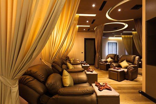 Grand Spa & Massage