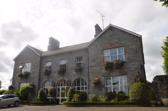 Highfield House Image