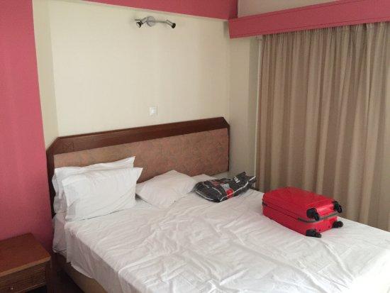 Economy Hotel: photo0.jpg