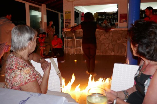 Filia Studios & Apartments: BBQ night always a must do at Filia