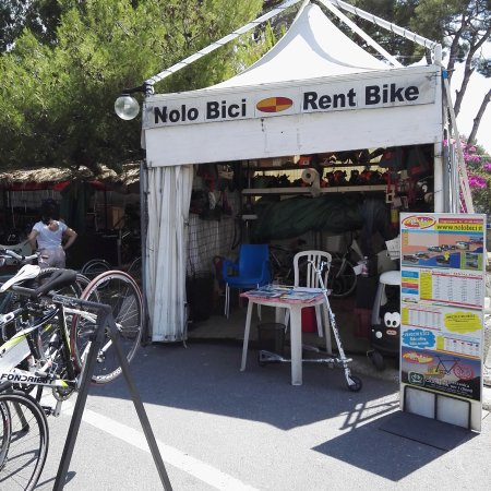 ‪NoloBici Bike Rental‬