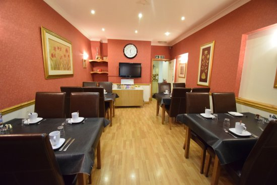 The Chedburgh Hotel: The Dinning Rom