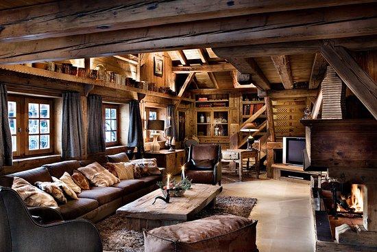 salon chalet des fermes de marie picture of les fermes. Black Bedroom Furniture Sets. Home Design Ideas