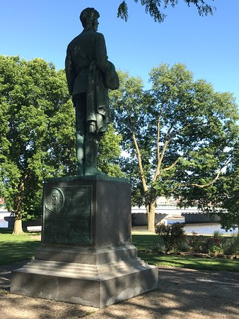 Dixon, IL: Back of Lincoln Statue viewing Rock River & Galena Ave. bridge