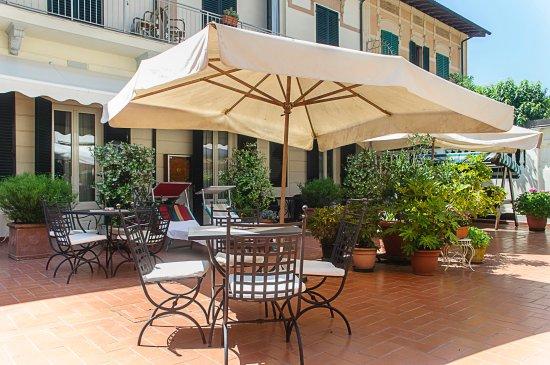 Hotel arcangelo viareggio italy tuscany reviews photos price comparison tripadvisor - Bagno maurizio viareggio ...