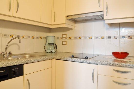 Hotel Karin: Appartement Küche