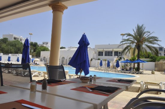 Golden Tulip Carthage Tunis : Piscine Poseidon