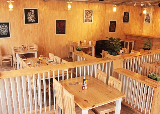 The Kings Table Ambience Picture Of The Kings Table Bengaluru - King's table restaurant
