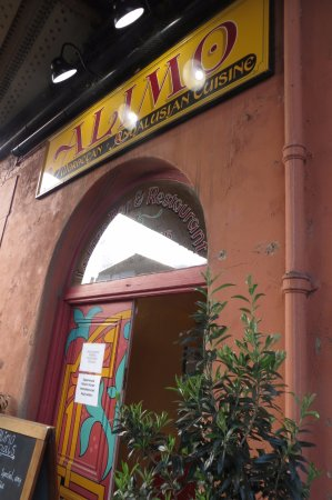 Alimo Restaurant: frontage