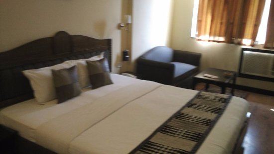 Lytton Hotel Resmi