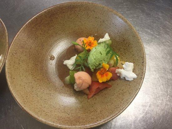 De Rave: tomaat, burrata, basilicum
