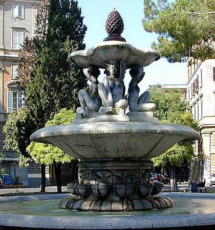 Fontana in Piazza dei Quiriti