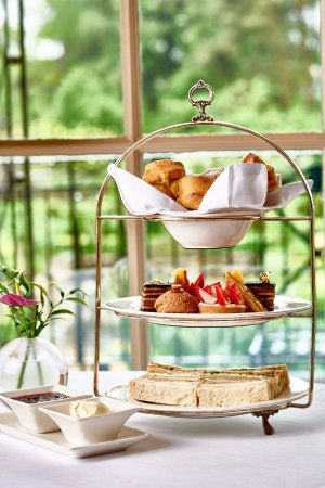 The Bath Priory Restaurant : Afternoon Tea at The Bath Priory