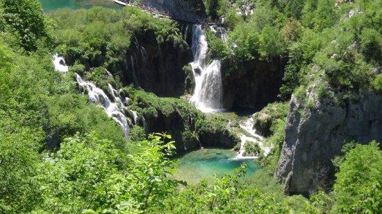 10 plitvice lakes national park croatia プリトヴィッツェ湖群国立
