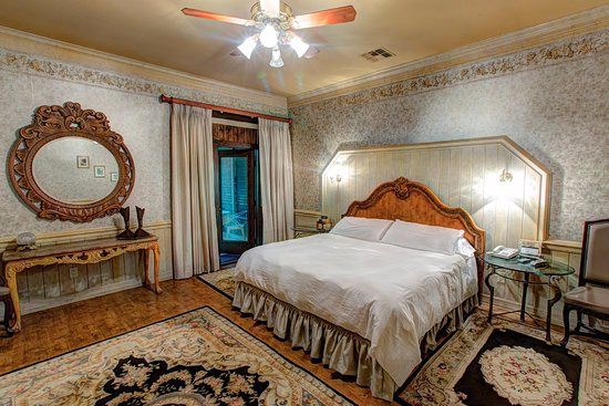 Kiepersol Estates Bed and Breakfast : Champagne Room