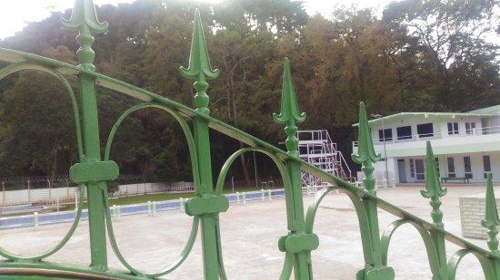 Crinoline Swimming Pool