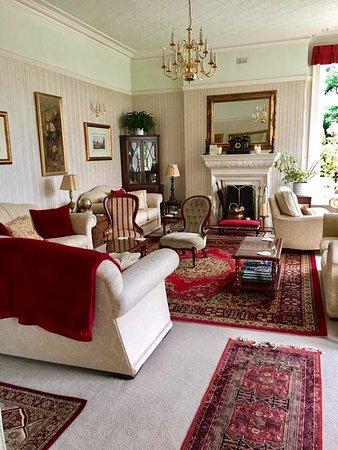 Pencubitt House: Sitting area
