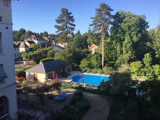 La Roche-Posay, ฝรั่งเศส: A 7h du matin depuis la chambre 215...