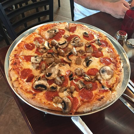 a pizza at little italy cafe in yucca valley picture of little italy italian cafe yucca. Black Bedroom Furniture Sets. Home Design Ideas