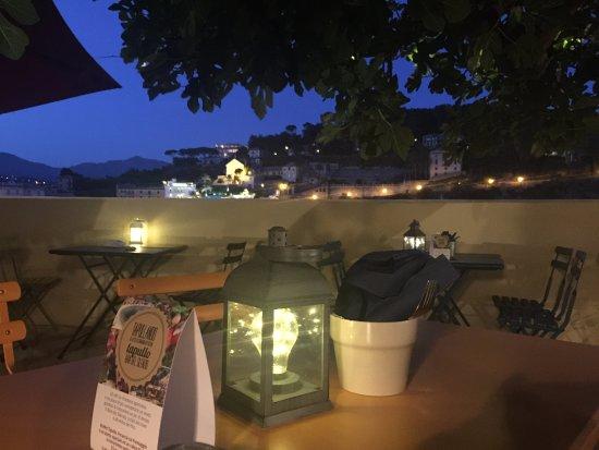 La Terrazza del Fico la sera... - Picture of Tapullo Shop & Taste ...