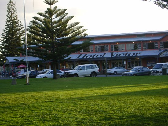 Hotel Victor: in the beautiful landscape of Victor Harbour just near the beach