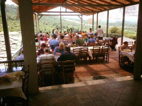 Theológos, Grecia: Taverna Iatrou