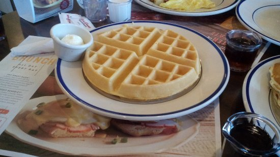 Merrillville, IN: Waffles