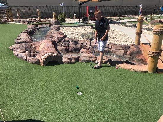 Putter's Mini Golf: photo0.jpg