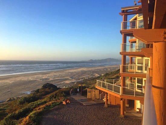 Hallmark Resort Newport Reviews Photos Rate Comparison Tripadvisor