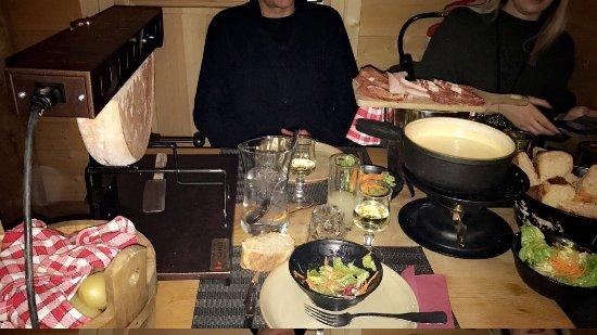 La Table a Raclette: photo0.jpg