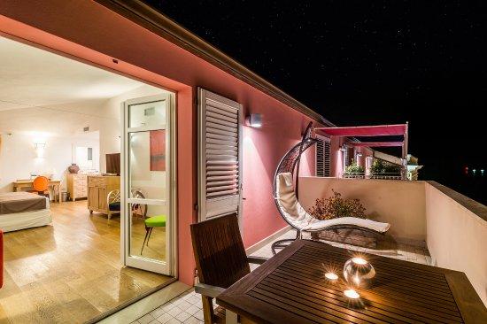 terrazza by night - Picture of Nichotel, Carloforte - TripAdvisor