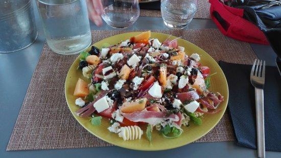 Sant'Antonino, France: Salade Corse