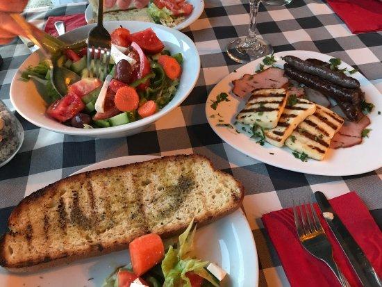Melitzia Taverna: photo5.jpg