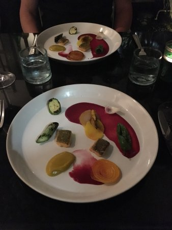 NUR Restaurant: photo0.jpg