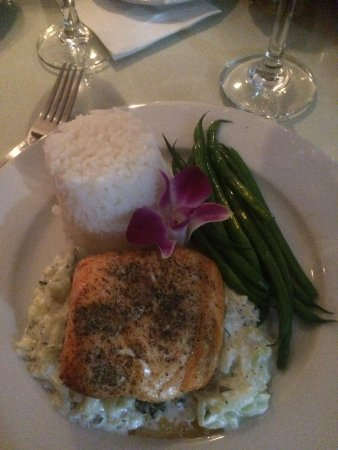 Peachtree City, GA: Norwegian Salmon