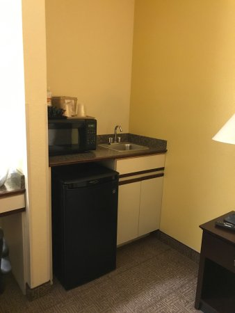 Comfort Inn & Suites: photo6.jpg
