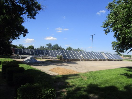 Dwight D. Eisenhower Library and Museum: This is the solar project at the Eisenhower Library and Museum
