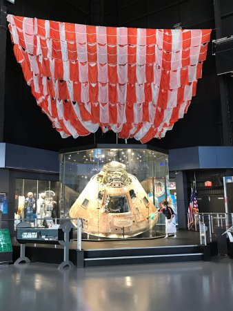 U.S. Space and Rocket Center: Apollo 16 command module