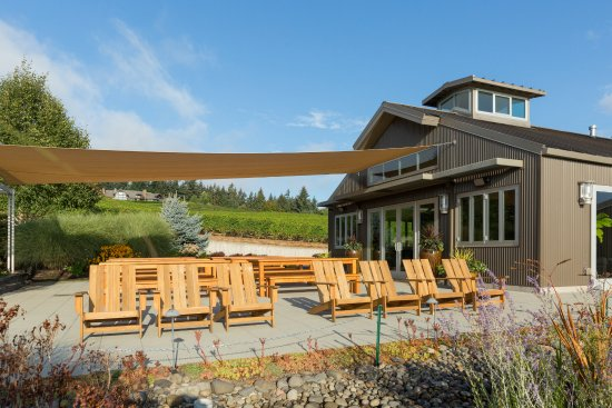 Sherwood, OR: Relax in Wine Country