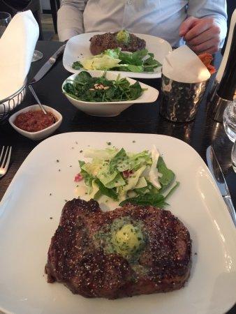 The Bull Steak Expert : photo2.jpg