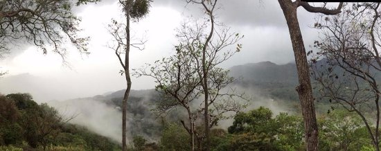 Sora, Panama: Misty mountains remind you of Lord of the Rings